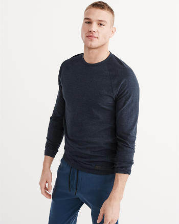 ANF Sport Long-Sleeve Base Layer Tee