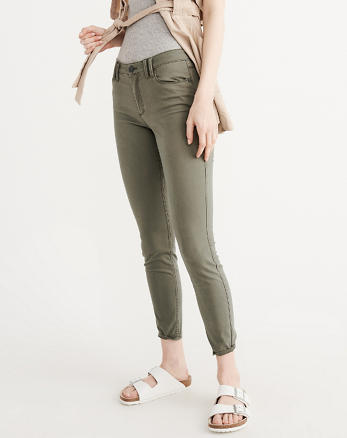 ANF Sateen Ankle Jeans