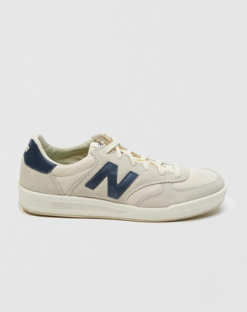 ANF New Balance 300 Vintage Sneakers