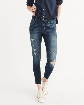 ANF Low-Rise Ankle Jeans