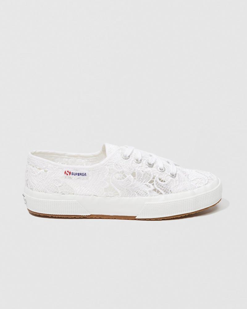 2750 Macramew - Zapatillas para Mujeres, Color Blanco (Ivory), Talla 39 EU (5.5 UK) Superga