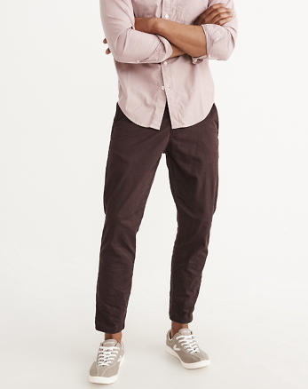 ANF Cropped Athletic Slim Chino Pants