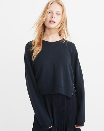 ANF Cropped Side-Zip Sweatshirt