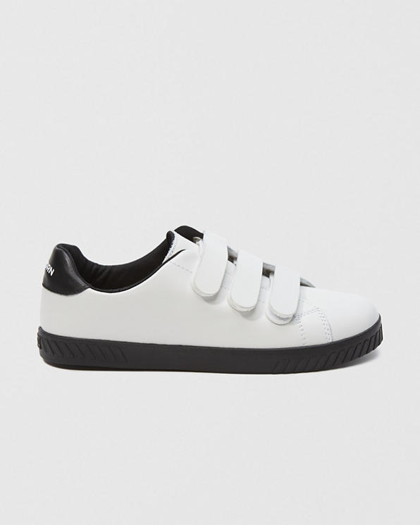 a40fc2ed37b33 Womens Tretorn Carry 2 Sneakers | Womens Clearance | Abercrombie.com
