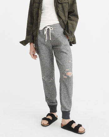 ANF Ripped Jogger