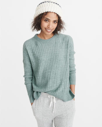 ANF Ribbed Pullover Sweater