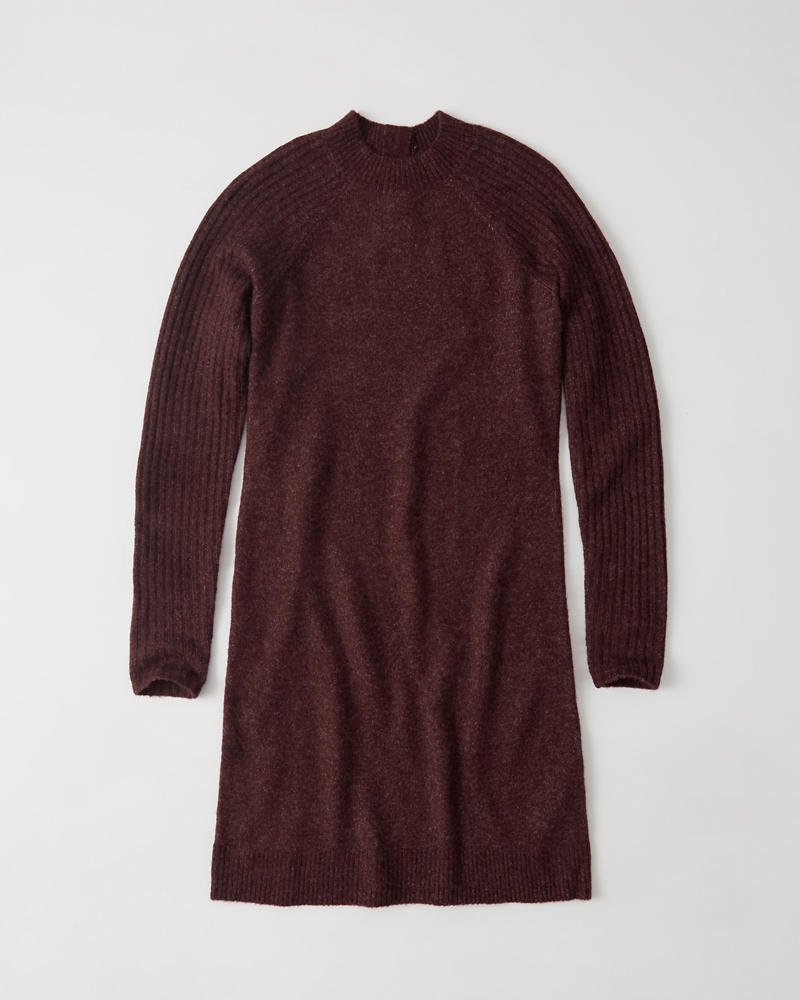Robe Pull by Abercrombie & Fitch