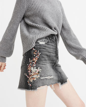 ANF Embroidered Denim Mini Skirt