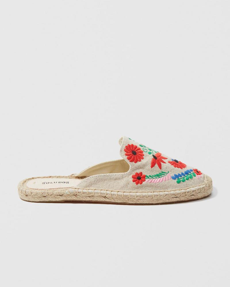 7f9169d0e Mujer Alpargatas bordadas Soludos | Mujer Zapatos | Abercrombie.com