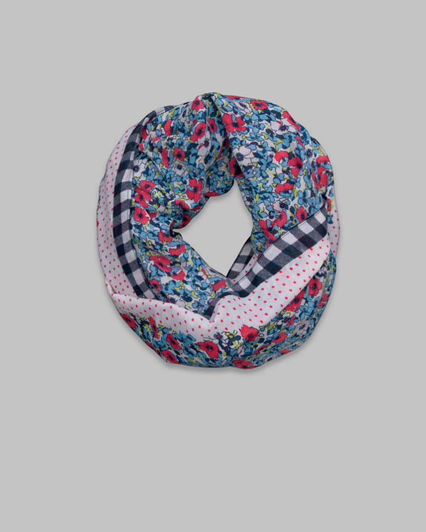 Pretty Patterned Scarf Pretty Patterned Scarf
