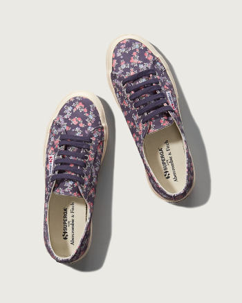 Womens Superga With A&F<br/>Floral Cotu Classic Sneaker
