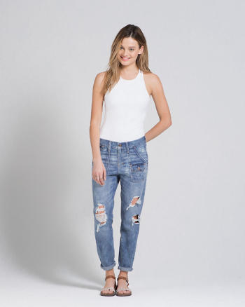 ANF A&F Allie Boyfriend Jeans
