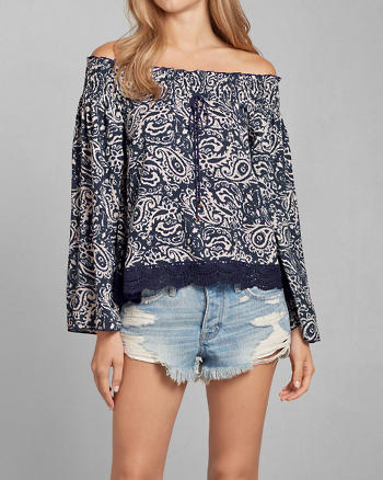 ANF Patterned Peasant Blouse