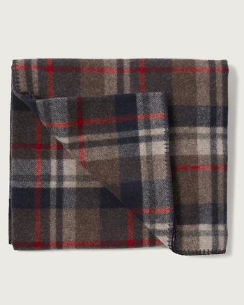 ANF Woolrich with A&F Plaid Blanket