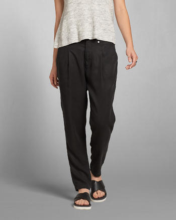 ANF Pleated Boyfriend Pants