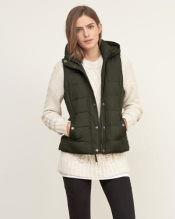 Womens A&F Hooded  Puffer Vest
