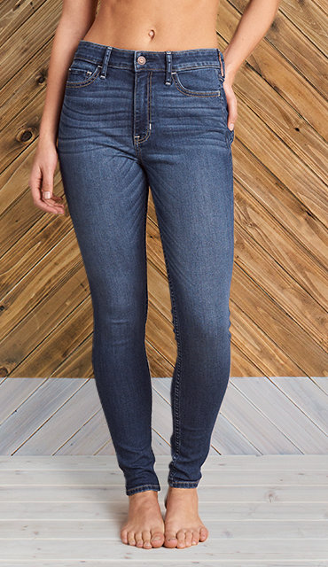 Super Skinny Jeans & Jeggings Hot Topic is the place to turn to when you want to take your skinny jeans to the next level. Our selection of super skinny jeans are perfectly fitted to your style.