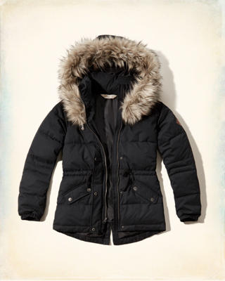 Hollister Elevated Puffer Jacket