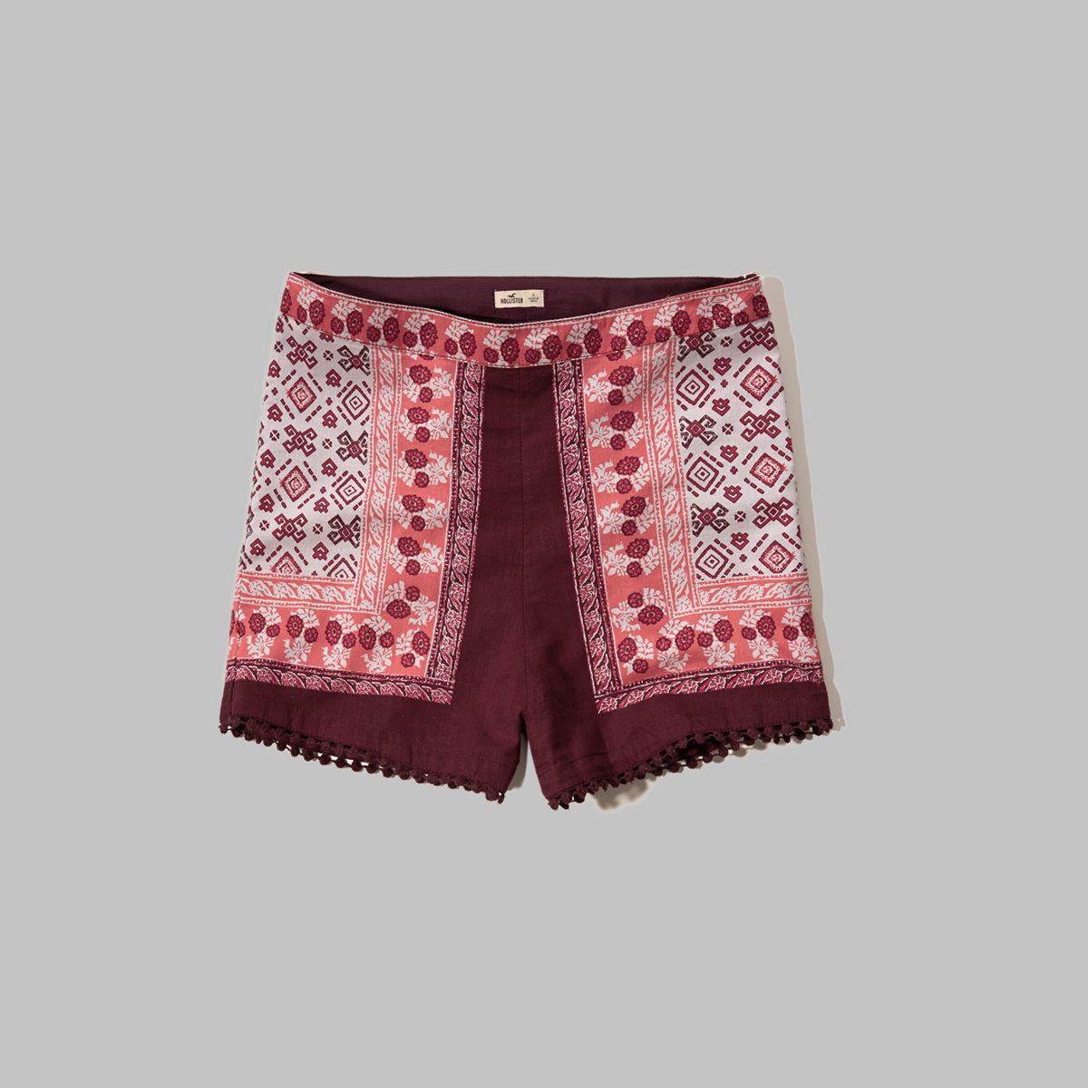 Embroidered-Hem Tap Shorts