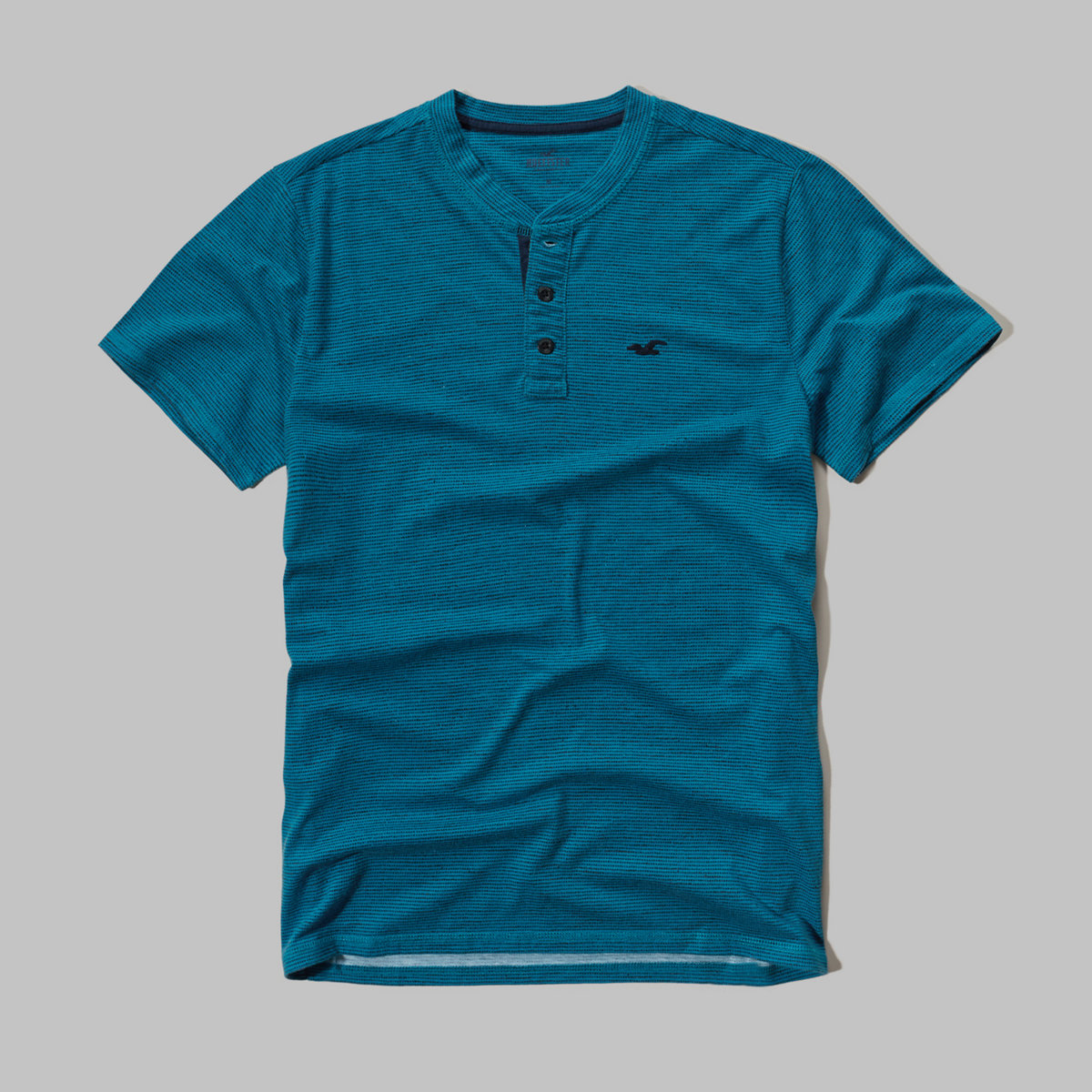 Contrast Icon Henley