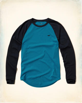 Long-Sleeve Raglan T-Shirt