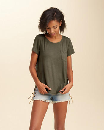 Must-Have Easy Pocket Tee