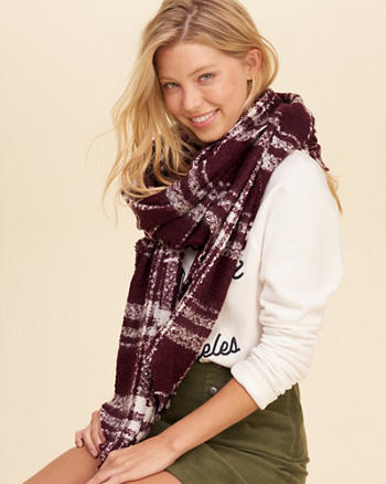 Plaid Boucle Scarf