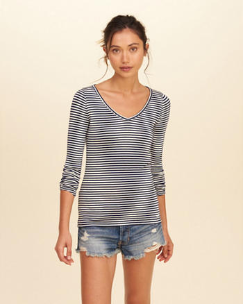 Must-Have Long Sleeve V Neck T-Shirt