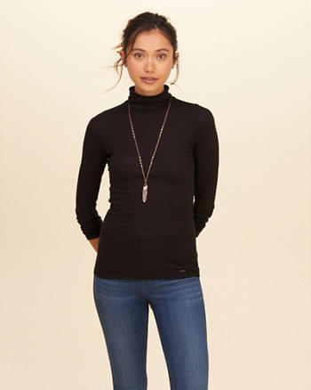 Must-Have Ribbed Turtleneck Top