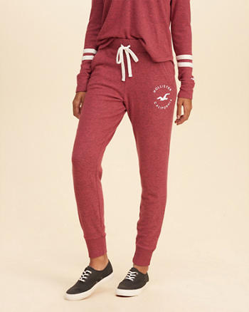 Cozy Graphic Fleece Joggers