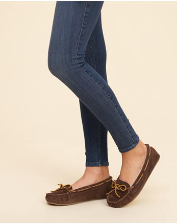 hol Minnetonka Cally Moccasin Slipper