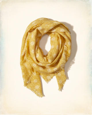 Fringe Woven Square Scarf