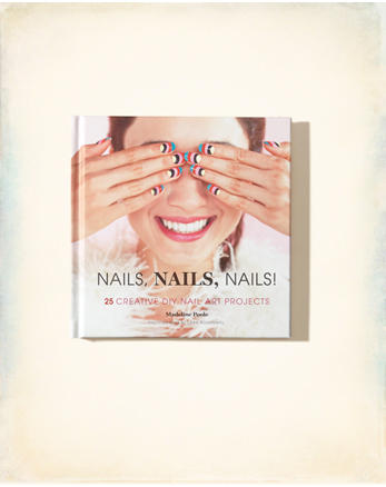 hol Chronicle Books Nails, Nails, Nails!
