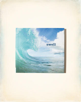 Chronicle Books Swell: A Year of Waves