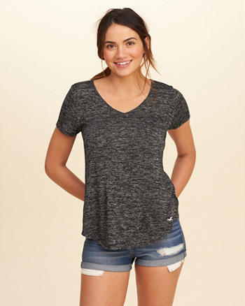 Must-Have Easy V-Neck T-Shirt