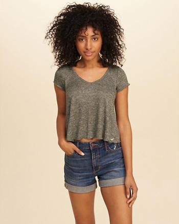 Must-Have Crop Easy T-Shirt