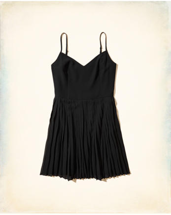 hol Pleated Skater Dress