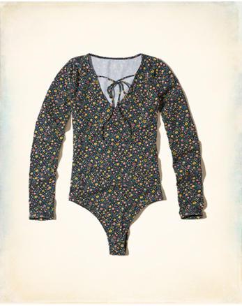 hol Must-Have Tie-Neck Bodysuit