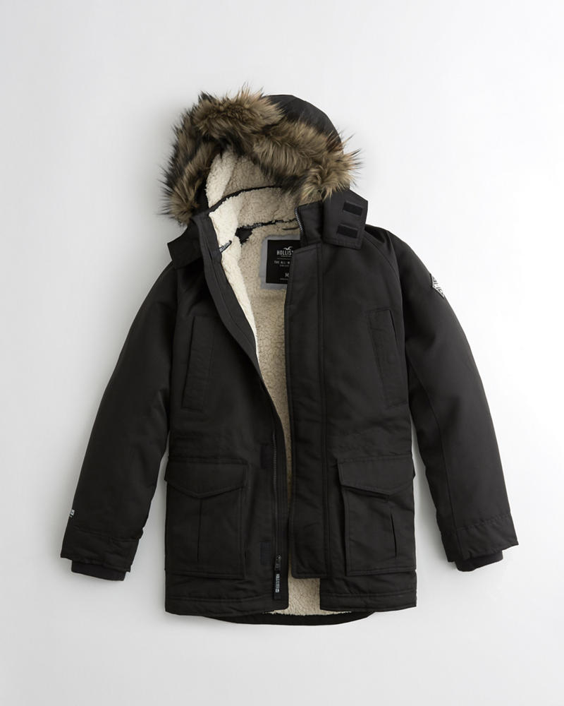 Hollister Show's Cove green utility Parka!