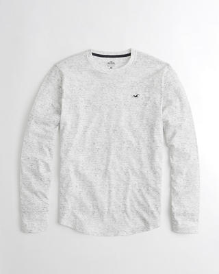 Must-Have Long-Sleeve Crewneck T-Shirt
