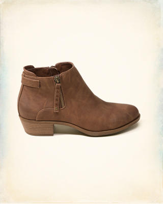 Madden Girl BRONCO Boot