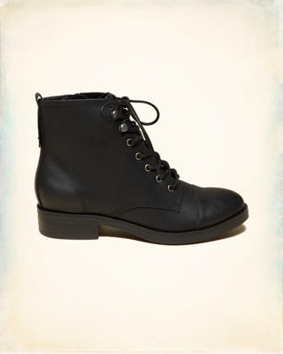 Madden Girl FUZE Boot