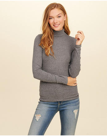 hol Must-Have Turtleneck Top