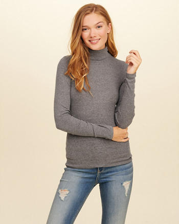Must-Have Turtleneck Top