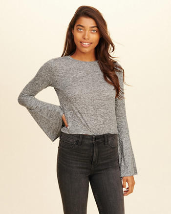 Bell-Sleeve Crop Top