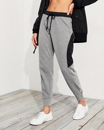 Graphic Mid-Rise Fleece Joggers