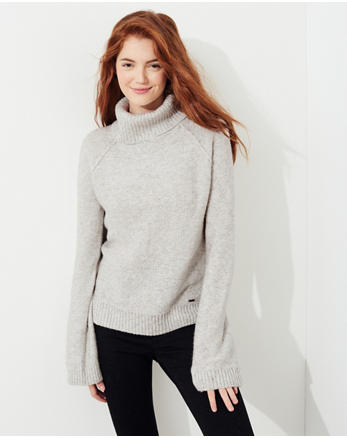 hol Bell-Sleeve Turtleneck Sweater