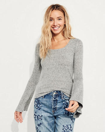 Slim Bell-Sleeve Top