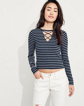 Must-Have Crop T-Shirt