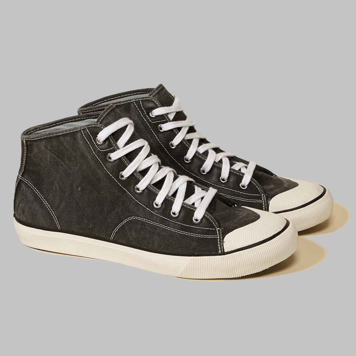 Hollister High Top Sneaker